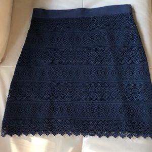 "LOFT navy lace skirt Sz 4. 18.5"" length."